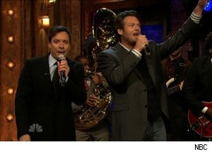 Jimmy Fallon Coerces Blake Shelton Into Singing With Him on 'Late Night'