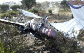 Plane crash in Kenya kills five people
